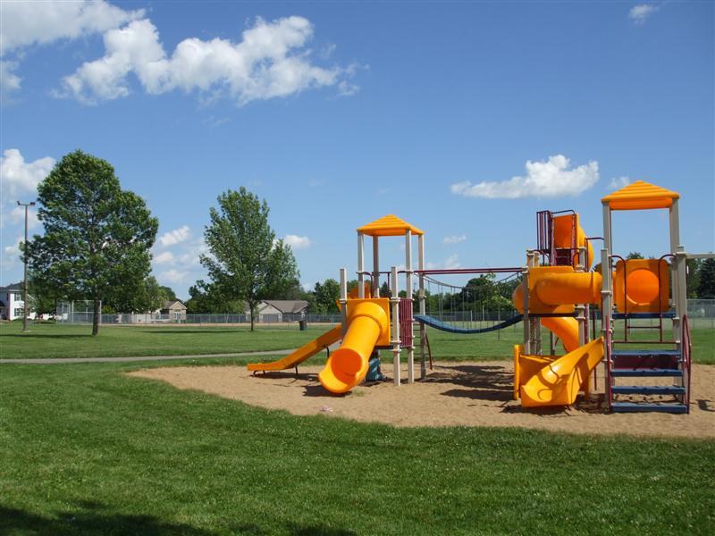 Shirley Theel Memorial Park 021